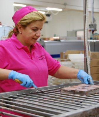 Terremoto un anno dopo: a Norcia si ricomincia dal cioccolato, la storia di Arianna Verucci