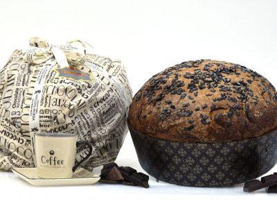immagine per Panettone senza canditi con gocce di cioccolato e frutti di bosco